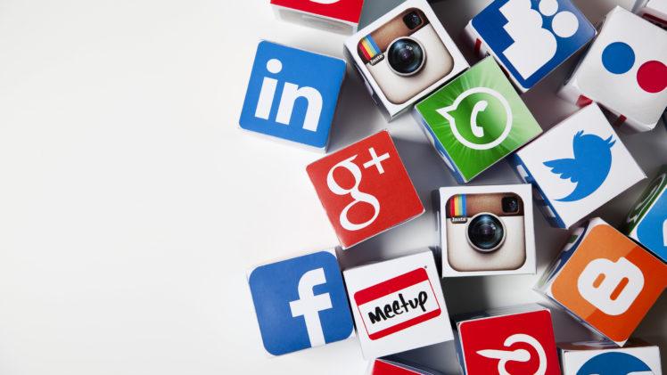 thong ke social media