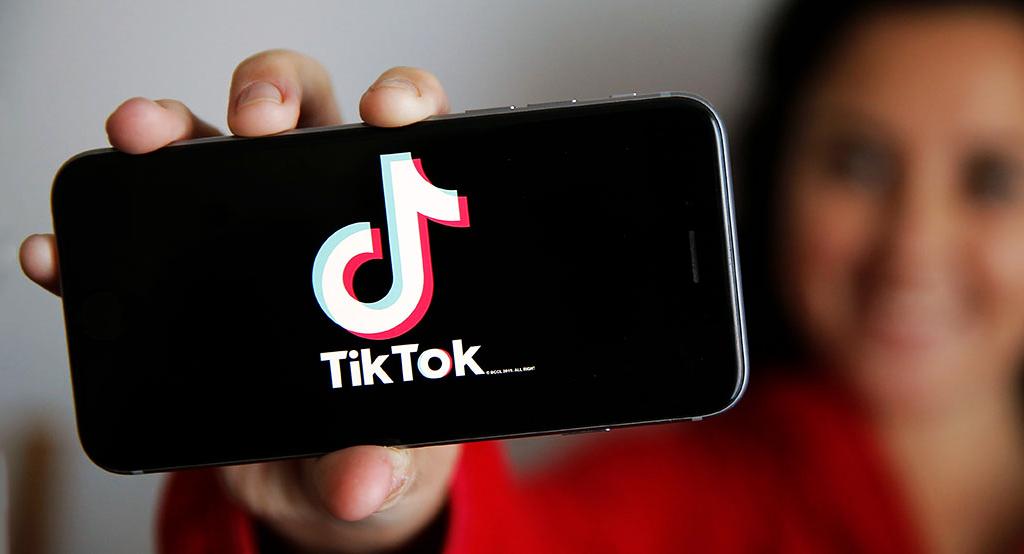 Xem video trên TikTok thường xuyên